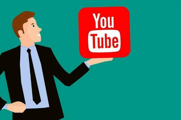 how to choose a good youtube channel name